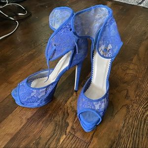 Madison by ShoeDazzle Blue Lace Platform Heels